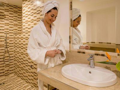 hotel-la-residenza-roma-bagno-5
