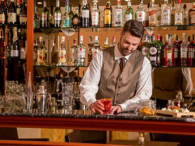hotel-la-residenza-roma-bartender-9352