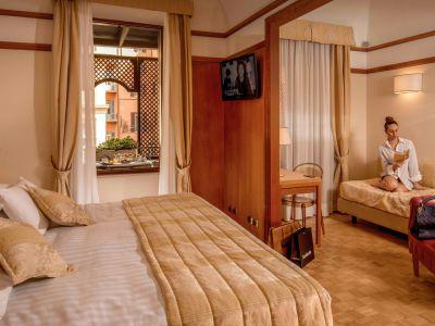 hotel-la-residenza-roma-modella-7411cut